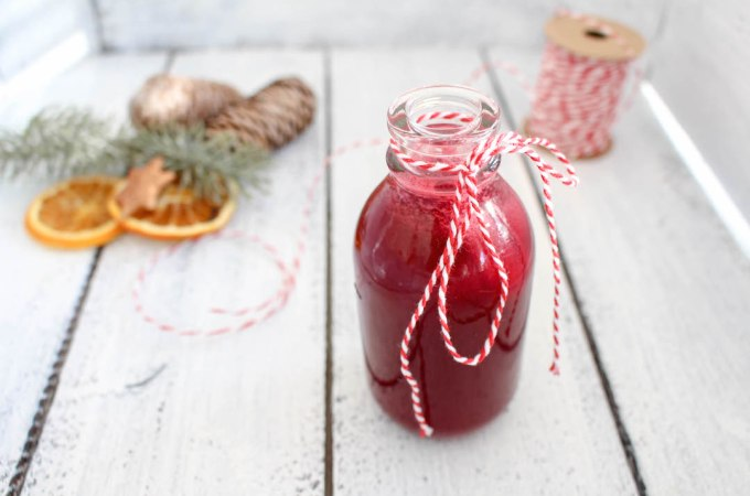 Beetroot and Apple Glögg (Hot Wine or Punch) - plant-based, gluten free, refined sugar free - heavenlynnhealthy.com