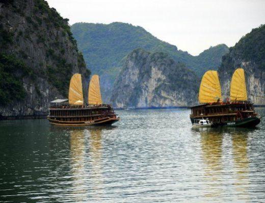 Junk Boats in Halong Bay Helen in Wonderlust