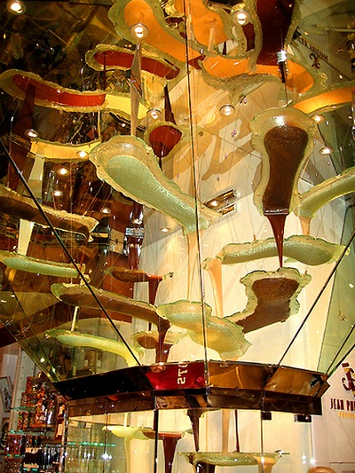 worlds-largest-chocolate-fountain-in-las-vegas
