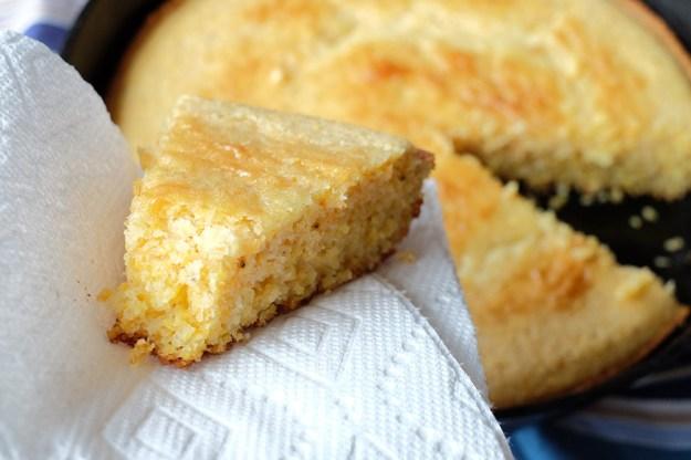 skillet-cornbread-10