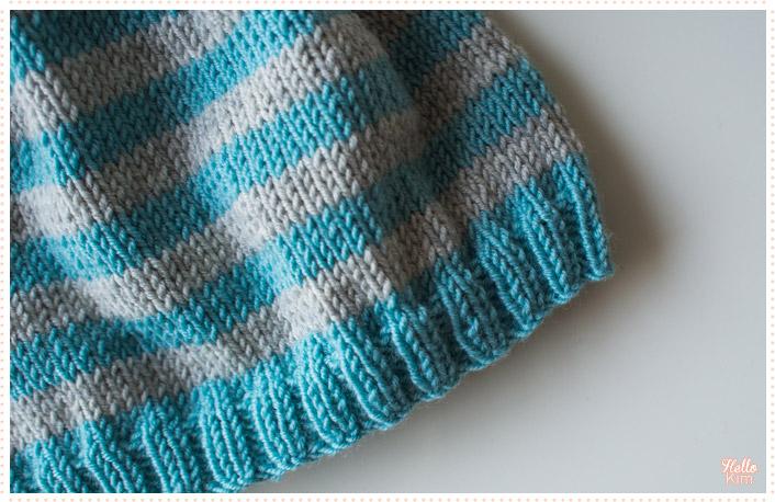 tricot-layette_bonnet_rayures-bleu-gris_hellokim2