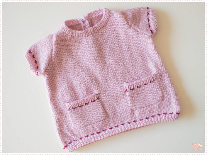 tricot-layette_robe-a-poches_devant_hellokim