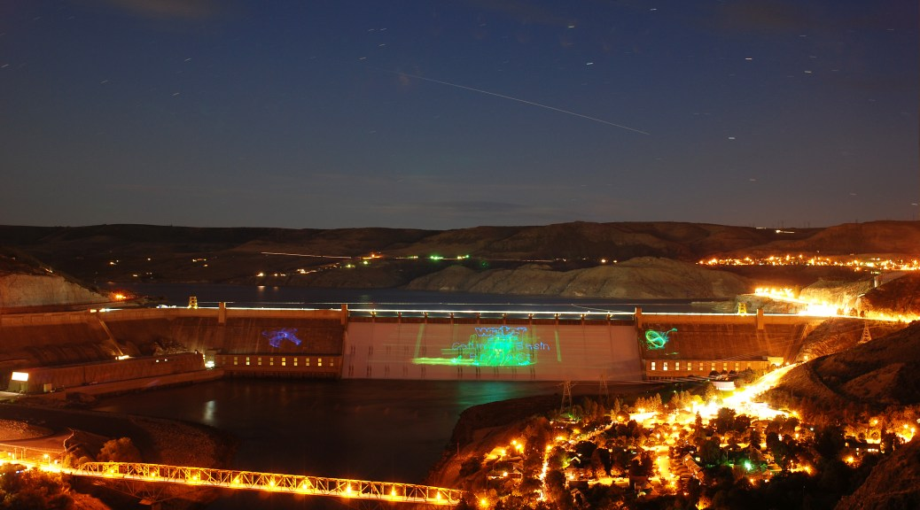 grand-coulee-dam-laser-show