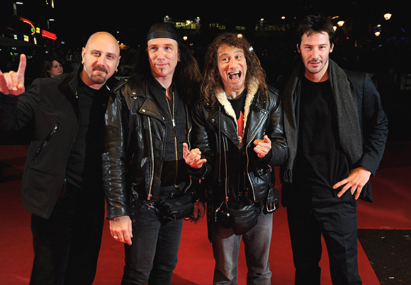 Keanu Reeves rocks out at heavy metal band film premiere (4/6)