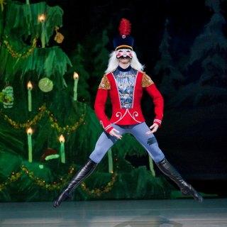 Goh Ballet's The Nutcracker 2015