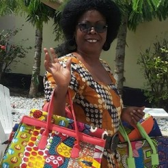 Gina on her way to sell the handbags