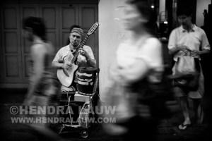 Blind Musician in Chinatown – Voigtlander Nokton 35mm f1.2 ASPH V2
