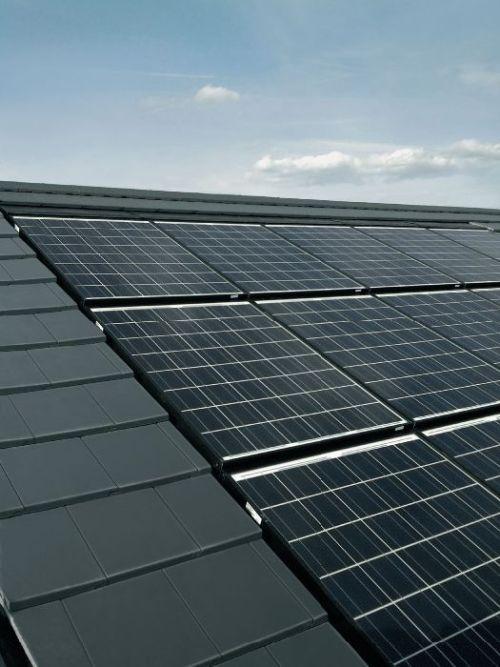Henke Solartechnik für Rinteln - Sonnenenergie intelligent speichern - Der Photovoltaik-Speicher macht die Photovoltaikanlage komplett