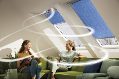 Henke Dachdecker für Stadthagen - VELUX Deutschland GmbH: Mit dem Lüftungszubehör Velux Balanced Ventilation ausgestattete Dachfenster gewährleisten bei freier Querlüftung einen nutzerunabhängigen Mindestluftwechsel