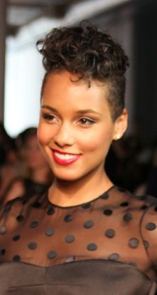 50 Best Short Hairstyles for Black Women of 35 by Jose