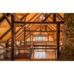 Small Crop Of Barn Home Interior Pictures