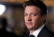 Jeremy Renner 220x150 Jeremy Renner Planning To Do It All For Slingshot