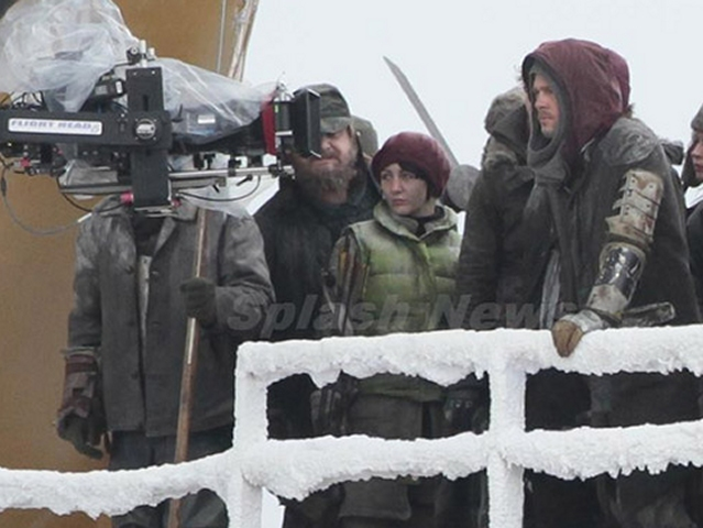 First Set Photos from Cornwall Show Brad Pitt in World War Z
