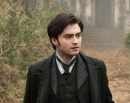 Daniel Radcliffe Woman in Black e1320866050578 189x150 Daniel Radcliffe goes Through the Keyhole in New Clip from The Woman in Black