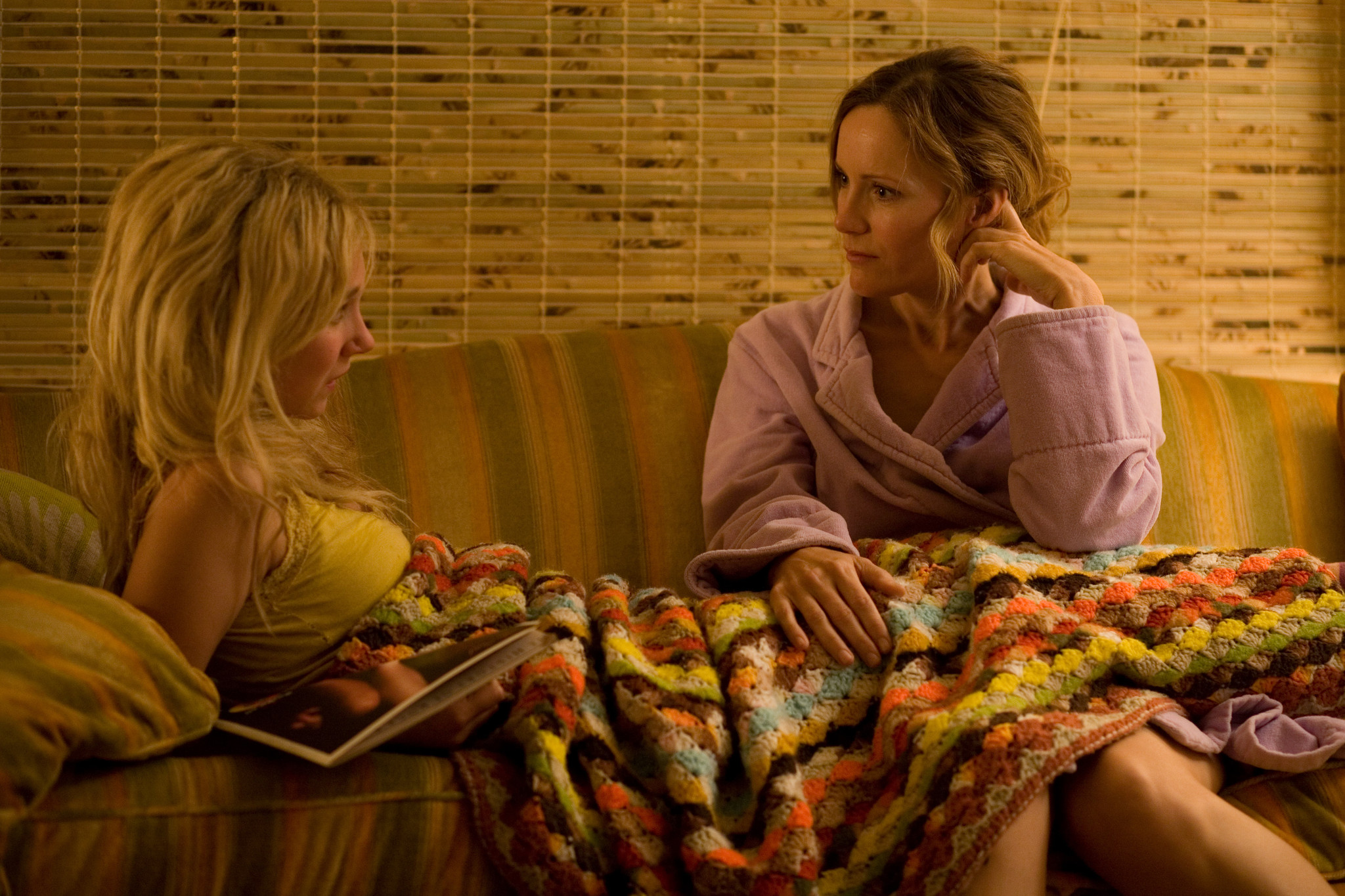 15 New Images from Little Birds with Juno Temple, Leslie Mann, and Kate Bosworth