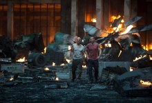 Bruce Willis and Jai Courtney in A Good Day to Die Hard 220x150 2 New Featurettes for A Good Day to Die Hard – 'Ramping Up the Action'