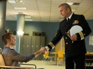 Chris-Pine-and-Kevin-Costner-in-Jack-Ryan