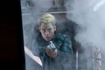 Chris-Pine-in-Star-Trek-Into-Darkness