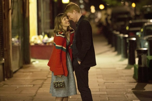 Rachel McAdams and Domhnall Gleeson in About Time 585x389 New Image of Rachel McAdams and Domhnall Gleeson in About Time