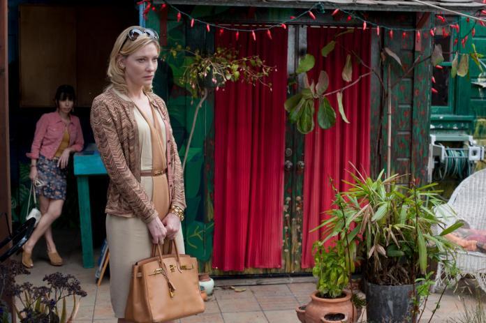 Sally-Hawkins-and-Cate-Blanchett-in-Blue-Jasmine