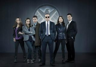 Agents-of-S.H.I.E.L.D.-Cast-Photo
