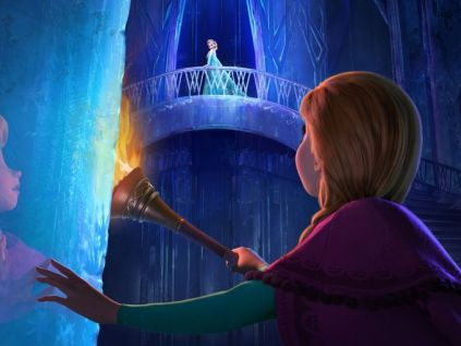Elsa-and-Anna-in-Frozen