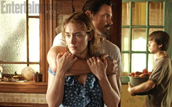 Kate Winslet Josh Brolin and Gattlin Griffith in Labor Day 585x363 First Look Image: Kate Winslet and Josh Brolin in Jason Reitman's Labor Day