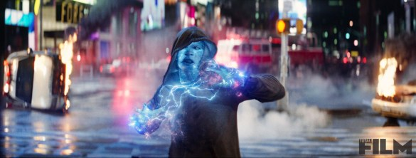 SpiderMan6 585x222 Seven New Stills from The Amazing Spider Man 2 Released