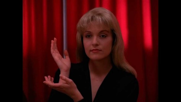 Twin Peaks Laura 585x329 Ray Wise Confirms David Lynch directed a Twin Peaks Blu ray Promo