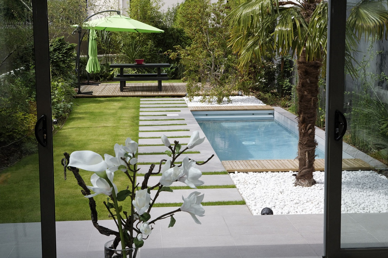 Fetching Small Swimming Design Small Ideas To Turn Your Small Backyard Into Space Backyards Without S View Gallery Backyard outdoor Amazing Backyards Without Pools