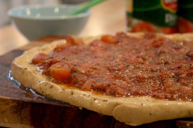 pizza-sauce-crust