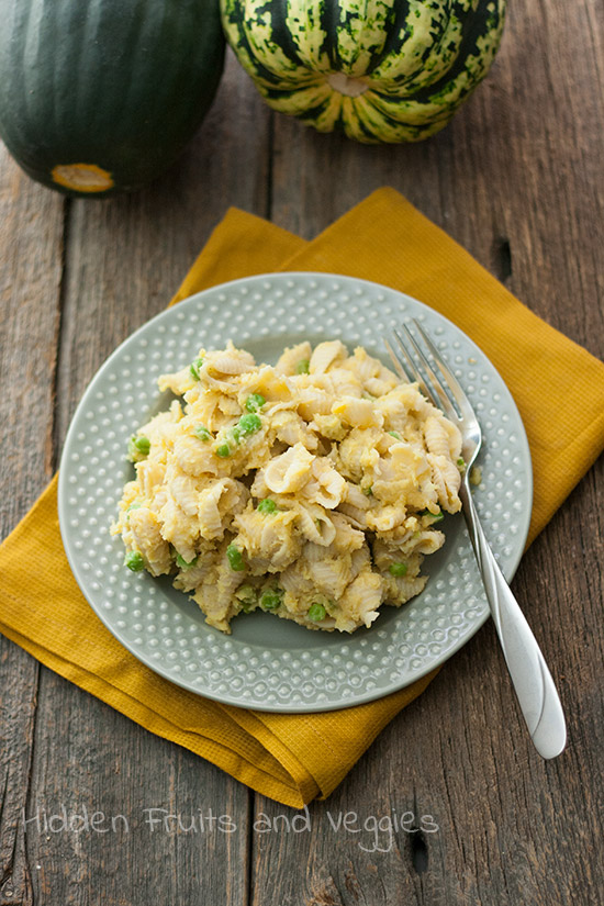 Pasta with Peas and Creamy Acorn Squash Sauce from @hiddenfruitnveg