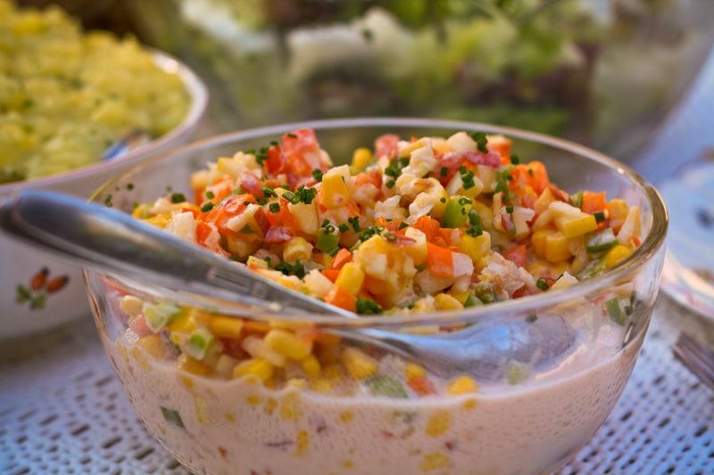 Fruchtiger Mais-Paprika Salat