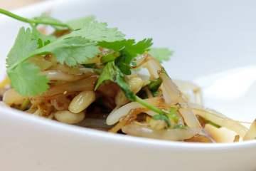 gedaempfter-bambussprossen-salat
