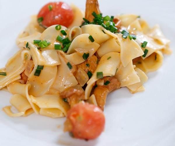 pfifferling-tomaten-pasta