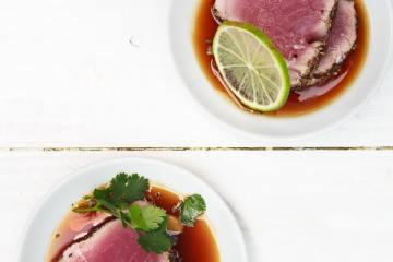 sashimi-vom-tunfisch-teriyakisauce