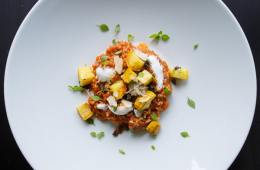 paprika-risotto-mit-gebratenen-zucchini