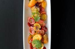 tomaten-koriander-salat-mit-brauner-butter