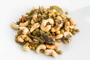Cashew-Erbsen-Curry