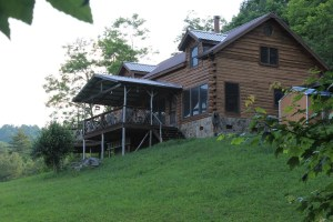 Find log homes in Highlands or Cashiers, NC