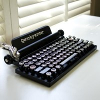 Qwerkywriter, the Cool Retro Keyboard Flashback...