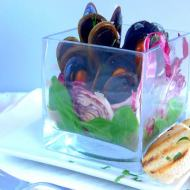 Modern Venice: Perfectly steamed mussels (Cozze Serenissime)