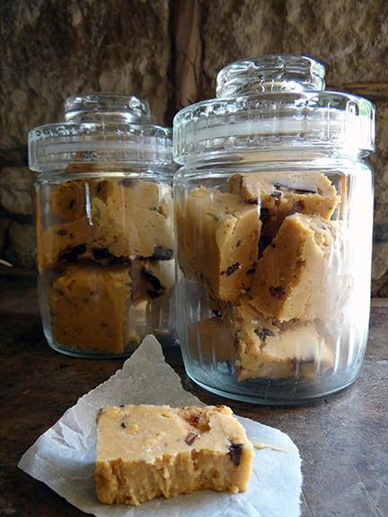 Cakes & Bakes: Peanut butter chocolate fudge