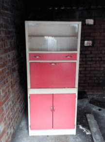 vintage 1960s kitchen cabinet prior to renovation