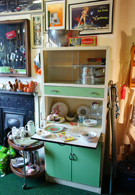 vintage 1960s wood & Formica kitchen fully renovated and stocked with vintage kitchen items and put for sale on the H is for Home pitch at Picture House Antiques in Todmorden