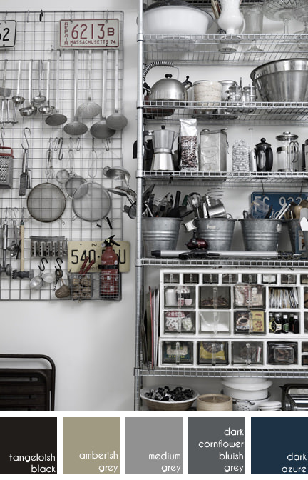Photograph of a monochrome kitchen for Casa Facile by Jenny Grimsgård