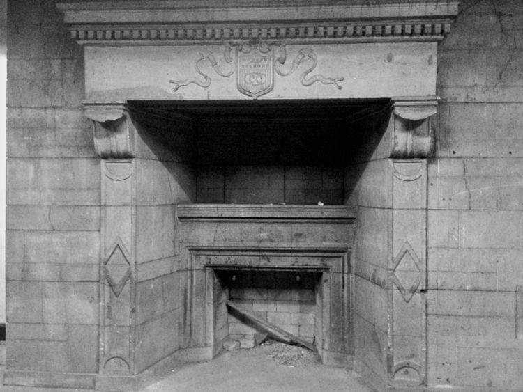 Fireplace-bw-750