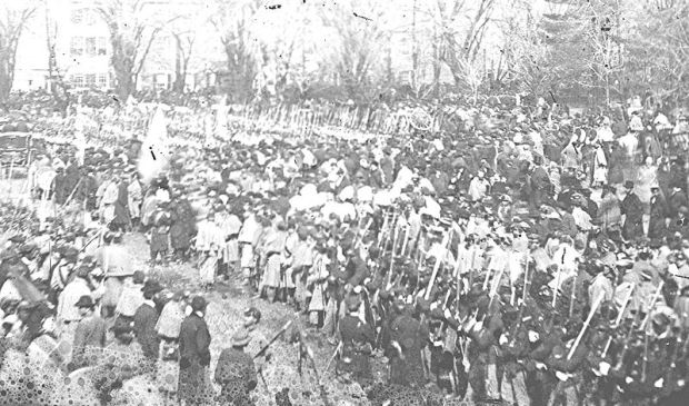 Photo of the 2nd Lincoln inauguration parade in 1865, showing African American soldiers participating.