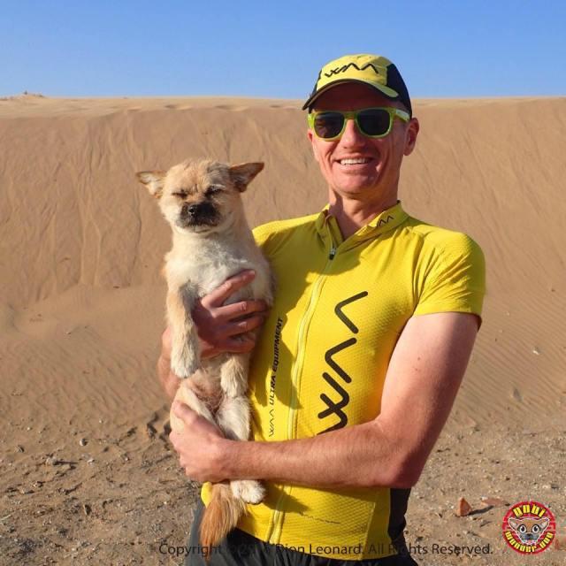 戈壁沙漠Gobi小狗遇上命運中的主人Dion