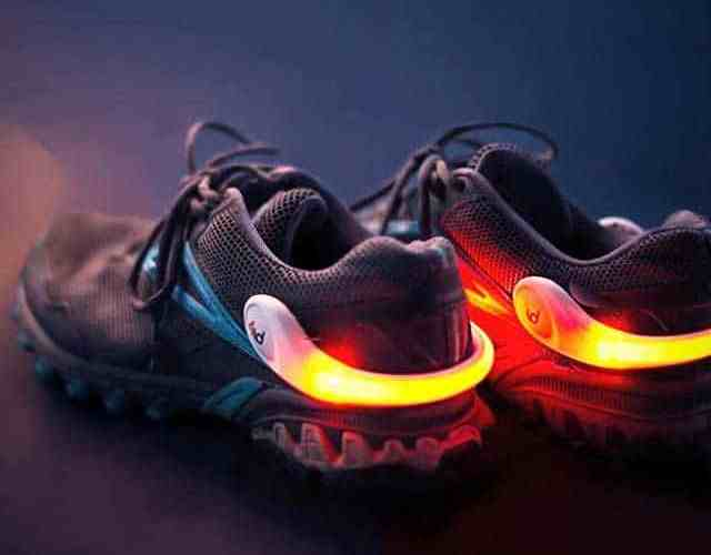 be safe when running in the dark with Powerspurz LED heel clips